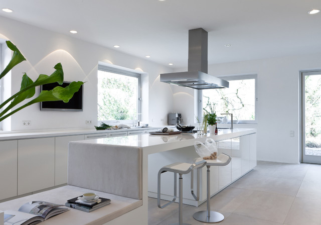 Voted germanys most beautiful kitchen contemporary for Beautiful modern kitchens