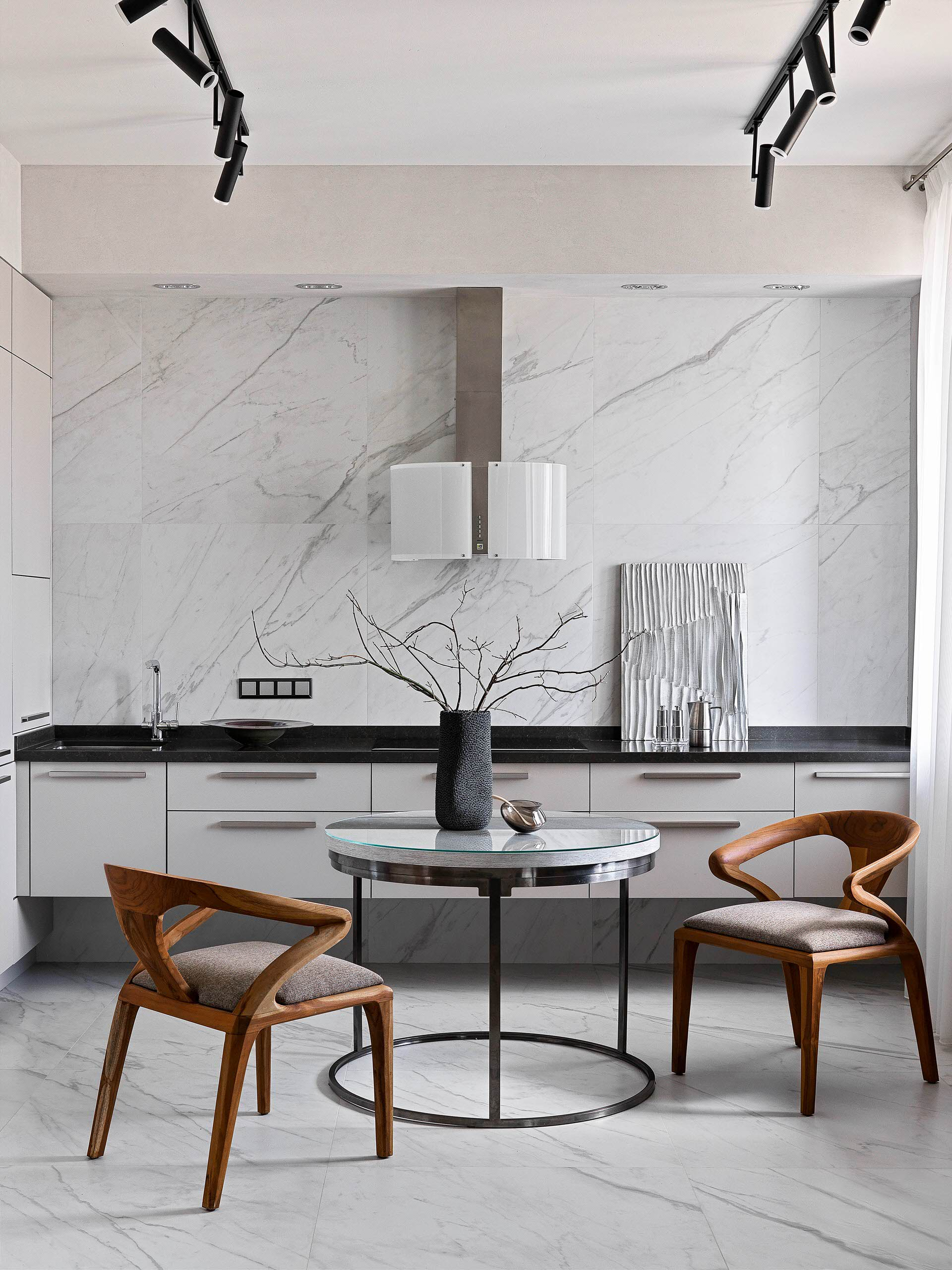 75 Beautiful Kitchen With Black Countertops Pictures Ideas January 2021 Houzz