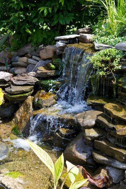 2015 waterfalls ponds spillways contemporary for Pond waterfall spillway ideas