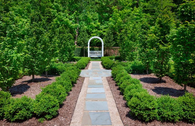 40th Annual Landscape Awards Program, Columbus, Ohio traditional-landscape