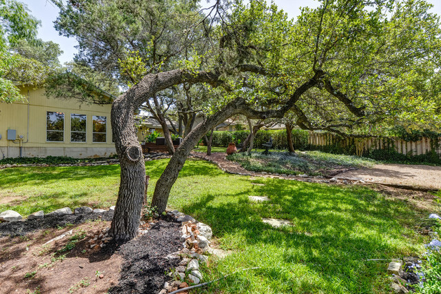 4710 Woodside Dr.-Travis Country traditional-landscape