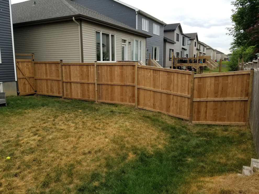 72' of MicroPro Sienna Brown PT Fencing - Traditional ...