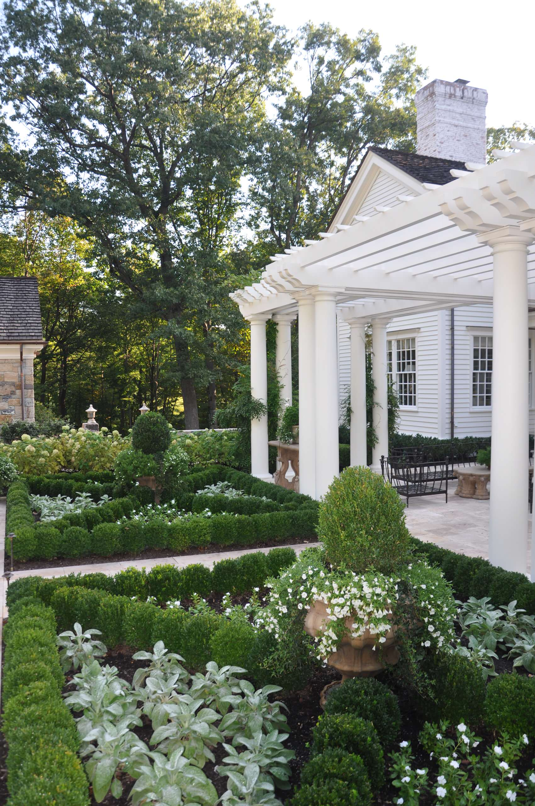 75 Beautiful French Country Landscaping Pictures Ideas March 2021 Houzz