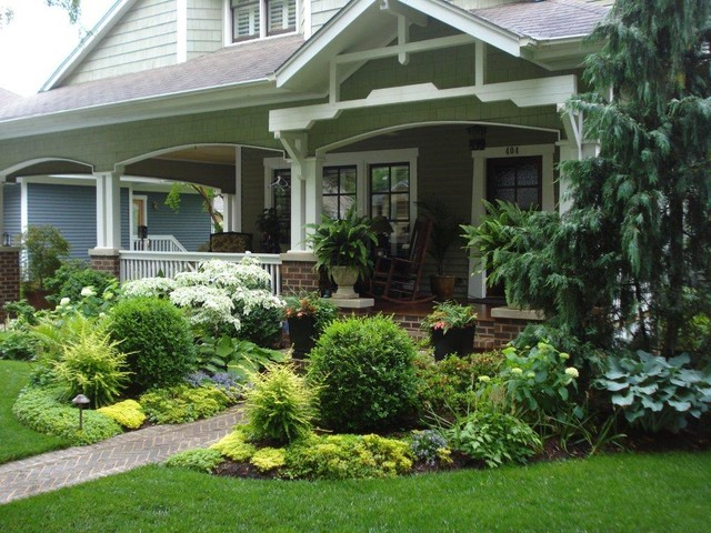 A Cottage Garden Traditional Landscape Charlotte By Myron