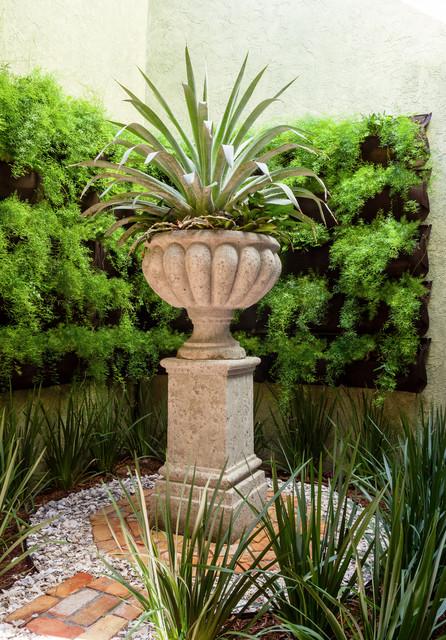 A jupiter residence traditional garden miami by for Garden room jupiters