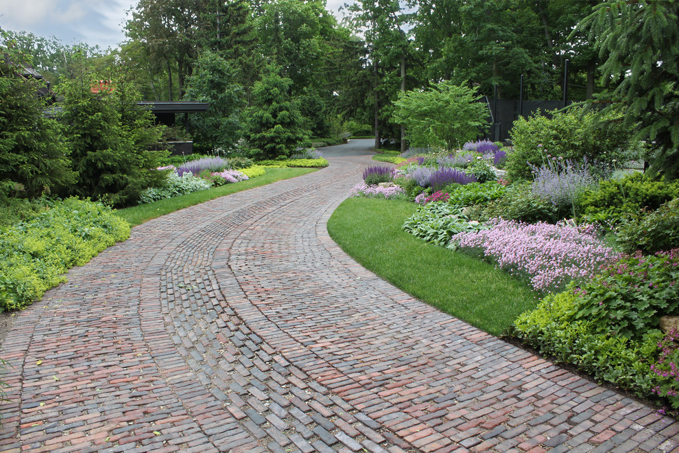 This is an example of a traditional brick driveway in Chicago.