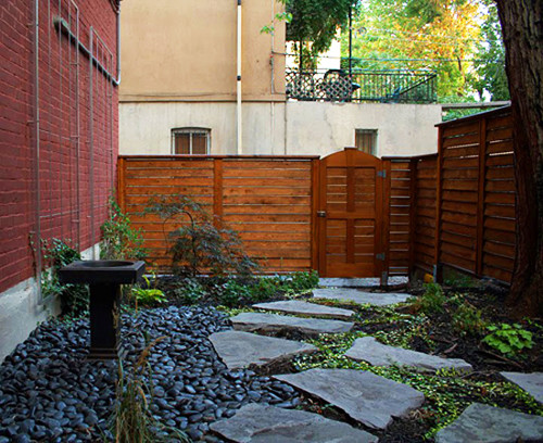 an intimate urban back court garden contemporary landscape montreal by espaces viridis. Black Bedroom Furniture Sets. Home Design Ideas