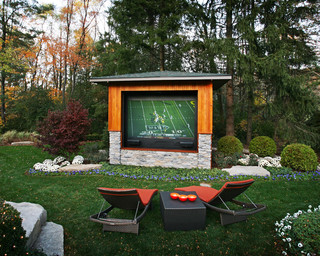 The Ultimate Outdoor Home Theater If Money Is Not A Factor You Can Transform Your Whole Backyard Into Cineplex Quality Like This Family