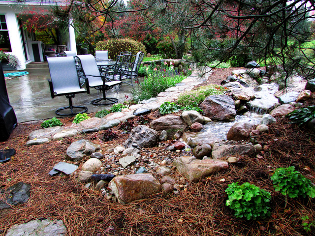 Ann arbor pondless with flagstone patio traditional for Waterscape garden designs