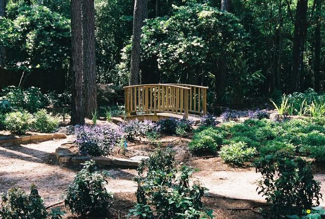 Arboretum landscape traditional-landscape