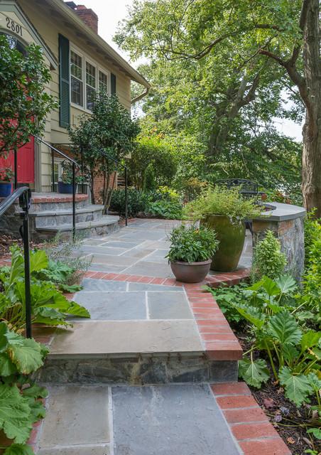 Arlington Hillside Project traditional-landscape