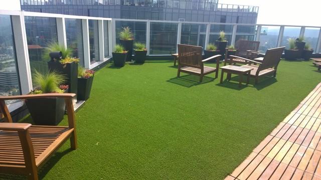 Artificial Grass For Rooftops, Decks And Patios Modern Landscape