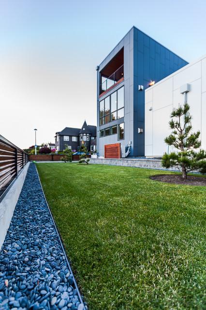 Aurea Residence contemporary-landscape