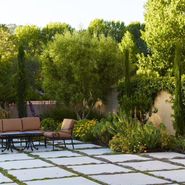 Mediterranean Style Landscaping: Avila Valley Estate