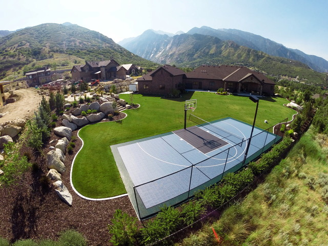 Awesome Mountain Home Backyard Basketball Court