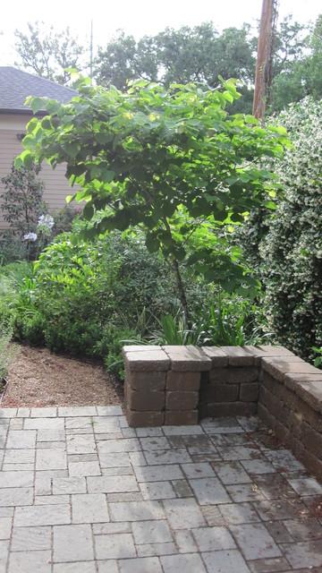 Backyard bird sanctuary - Traditional - Landscape ... on Birds Backyard Landscapes id=61867
