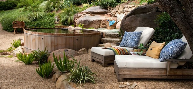 Backyard Designs With Wooden Hot Tubs Traditional Garden