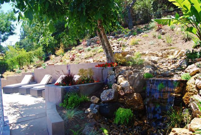Backyard garden water features los angeles tropical landscape for Garden design los angeles