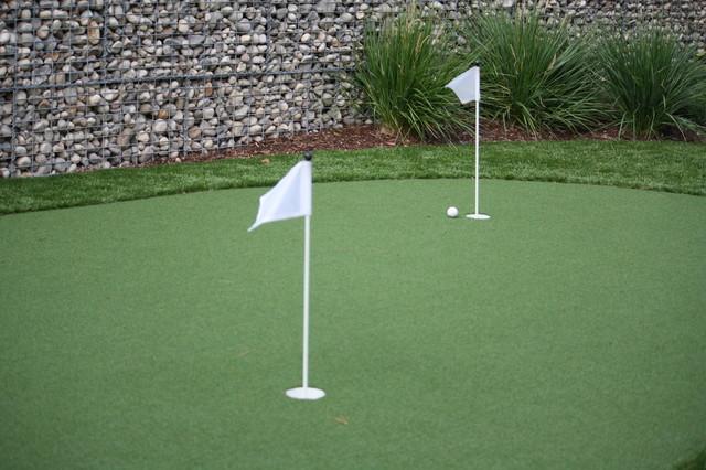 backyard golf green contemporary landscape
