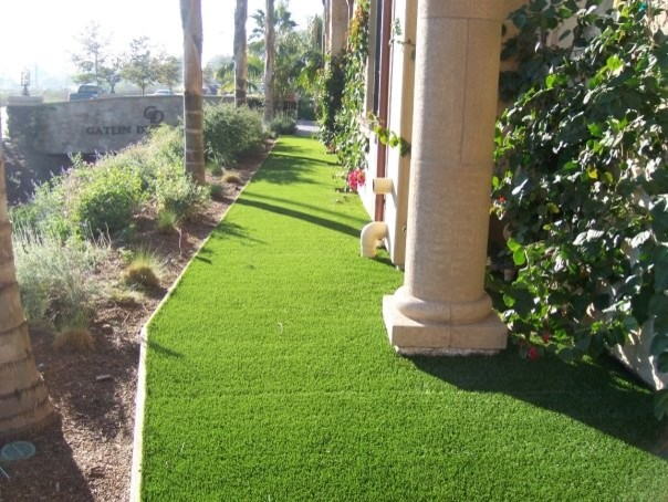 Residential Parkway Landscaping Ideas : Backyard installations