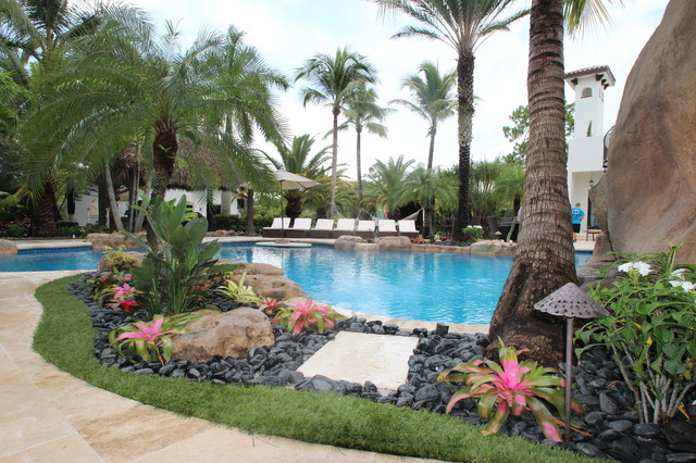 Backyard landscaping contemporary landscape miami for Landscaping rocks broward county