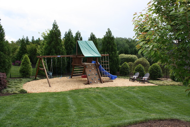 Beau Backyard Play Area Traditional Landscape
