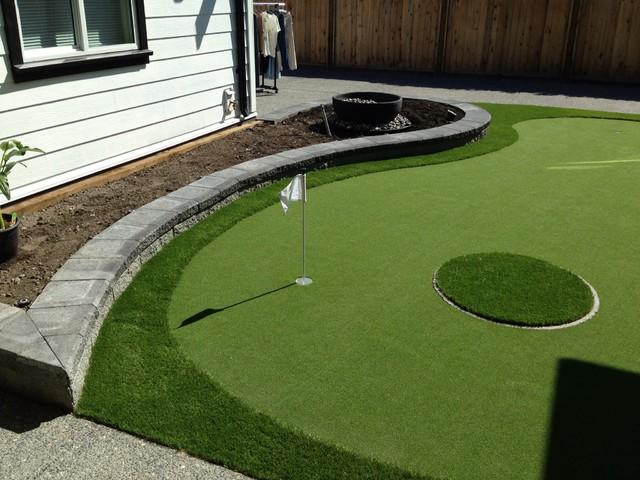 Captivating Backyard Putting Green Modern Garden