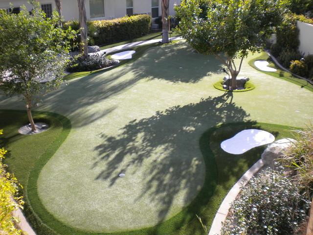 Backyard Putting Greens Fun! contemporary-landscape
