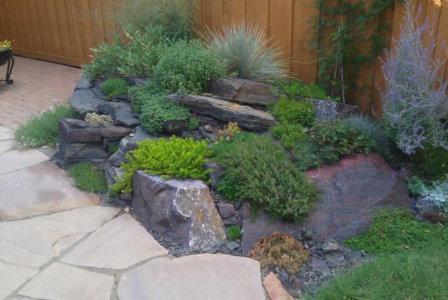 Backyard rockery retreat traditional landscape for Garden rockery designs