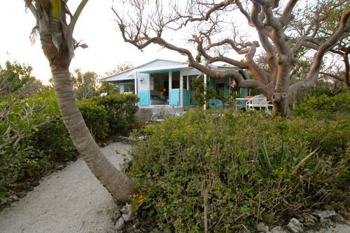 Bahamian cottage by Brenda Olde