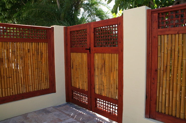 Bamboo Gate With Fencingtropical Landscape Tampa