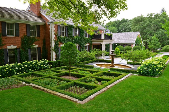 Barrington hills residence for Houzz landscape architects