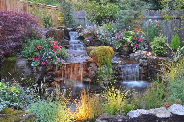 Beautiful backyard eclectic landscape portland by for Home garden design houzz