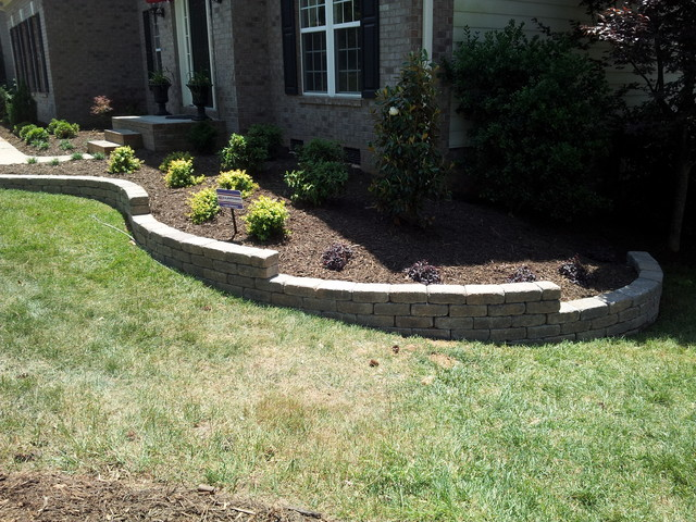 Belgard weston wall retaining walls planters for Retaining wall plants landscaping