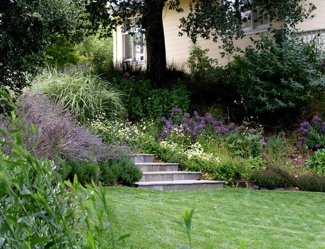 Blasen Gardens traditional-landscape