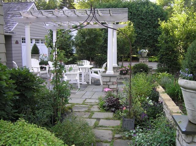 Marvelous Bluestone Patio And Arbor Traditional Landscape