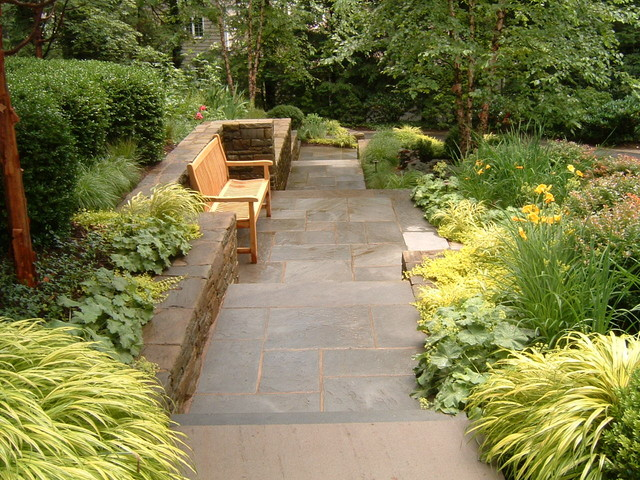 Bluestone walkway with Bench traditional-landscape