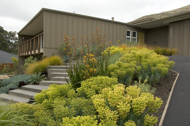 contemporary exterior by Jeffrey Gordon Smith Landscape Architecture