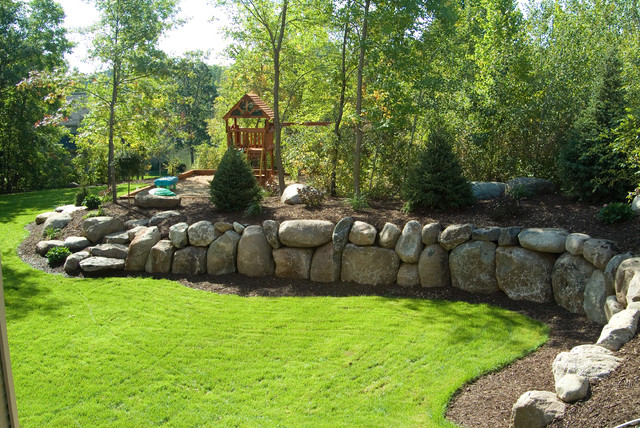 Boulder Retaining Wall Traditional