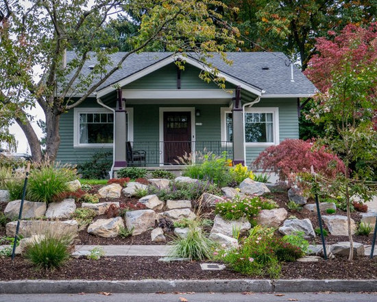 Rock and mulch front yard landscaping home design ideas pictures