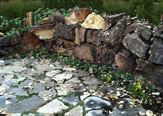 Boulder Wall With Recycled Concrete Patio Rustic Garden