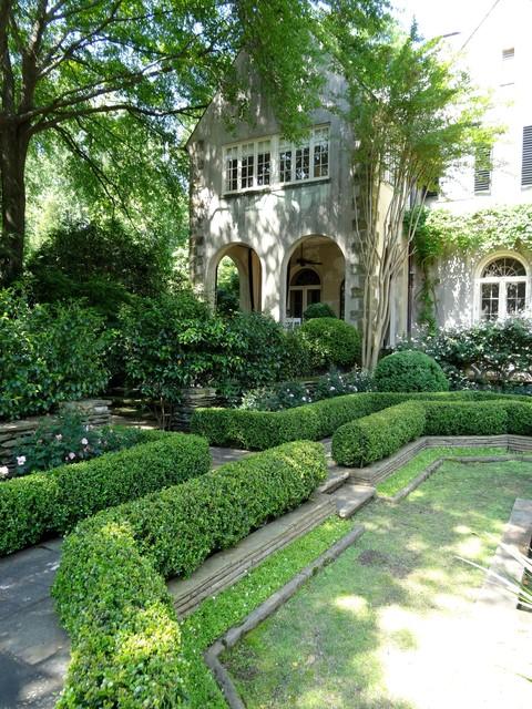 Boxwood House Traditional Landscape Atlanta By