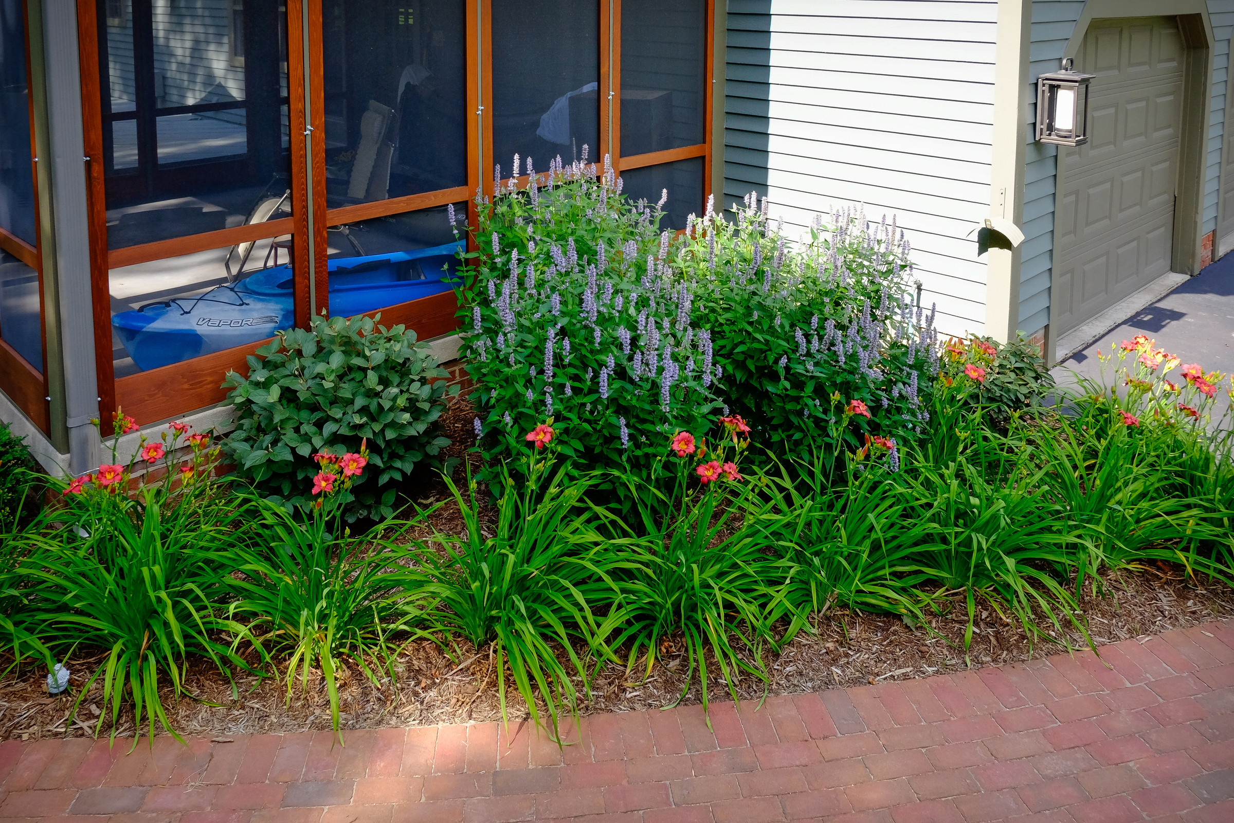 Traditional Saltbox Landscape Update - Brookfield