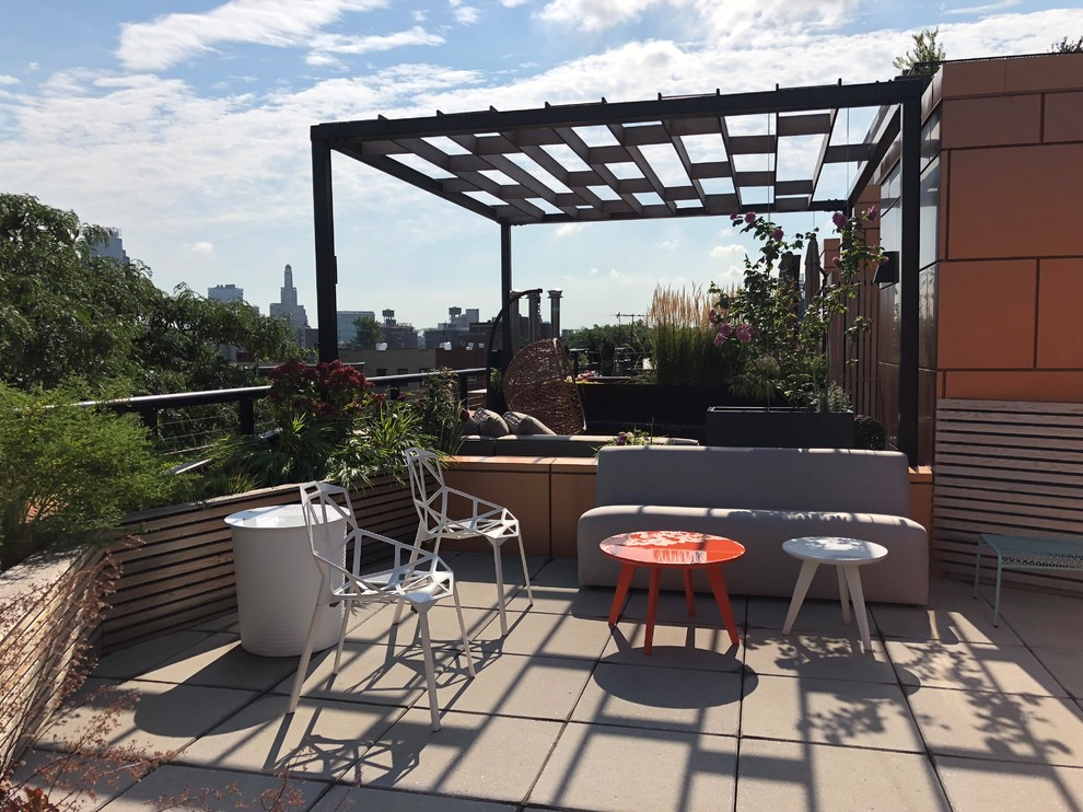 Design ideas for a modern landscaping in New York.