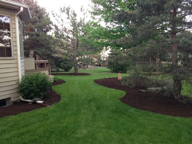 Brown dyed mulch for Dark brown landscape rock