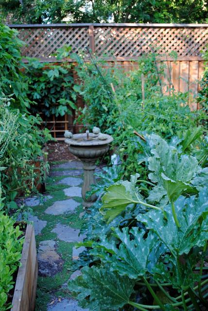 Burlingame backyard vegetable garden traditional for Garden design by kristen