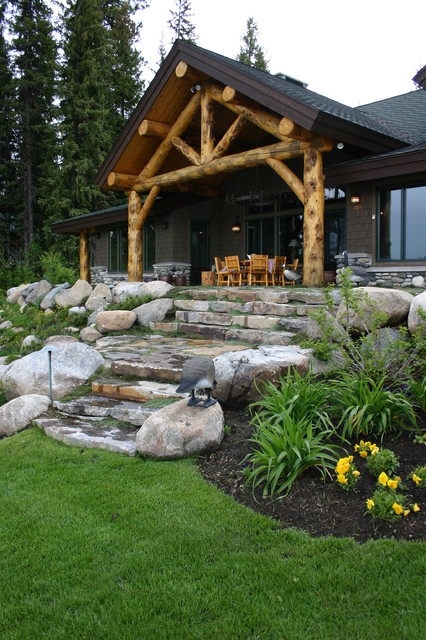 Cabin in the woods for Cabin landscaping