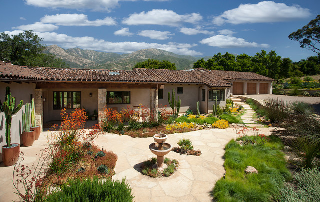 California Spanish Ranch Home Mediterranean Landscape