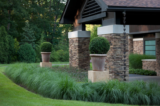 Canterbury walls and pedestals landscape detroit by for Christchurch landscaping companies