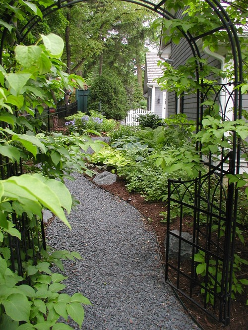 Oh how i love a great garden path the impatient gardener for Cape cod stone and gravel